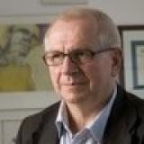 Verpleeghuisarts Hans Houweling: Vasthouden doe je met je handen en je hart