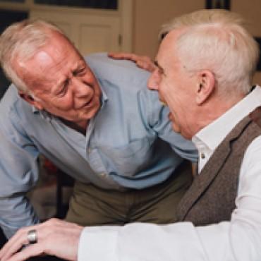 Op bezoek gaan bij iemand met dementie