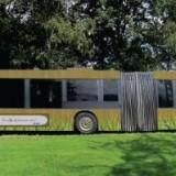 Bus als rijdende huiskamer voor ouderen