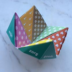 Het ethiekbekje is een origamispelletje