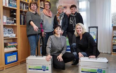 Medewerkers in hun dementheek in Meppel