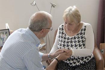 Uit elkaar! tv documentaire over scheiden bij dementie